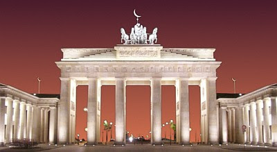 Brandenburg Gate, Islamized
