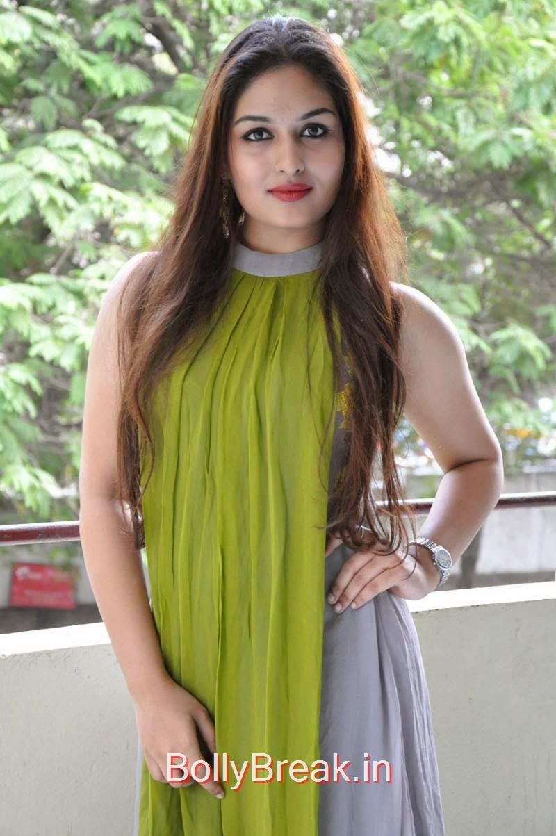 Telugu Actress Prayaga Martin, Actress Prayaga Martin Hot HD Images in Green dress