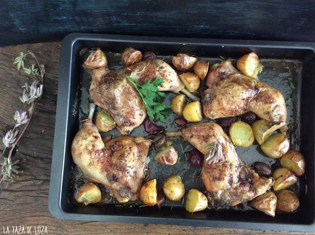 muslos-de-pollo-con-aceitunas-romero-y-patatas