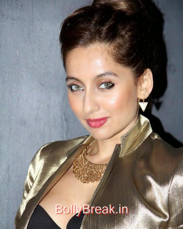 Anousha Dandekar, Anindita Nayar, Zoya Afroz Hot Pics At Harsh Gupta's SS15 Collection Preview at Fabula Rasa