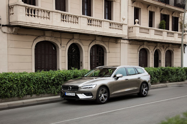 Volvo inicia pré-venda do Novo V60 no Brasil
