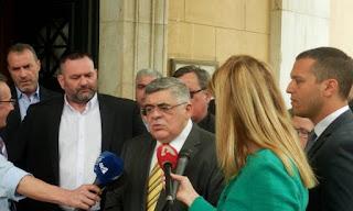 ΒΙΝΤΕΟ - Ν. Γ. Μιχαλολιάκος: Παράνομος ο αποκλεισμός μας! Μνημονιακή συμμαχία Σύριζα-ΝΔ κατά Χρυσής Αυγής