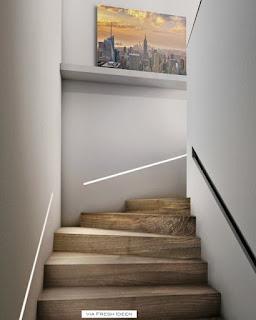 escada com rasgo de luz