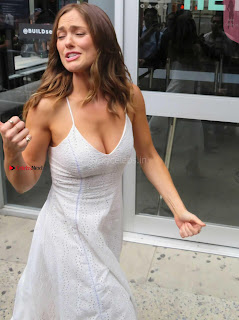Minka Kelly at AOL Build Studios in Manhattan 4 ~ Celebs.in Exclusive Celebrities Picture Galleries