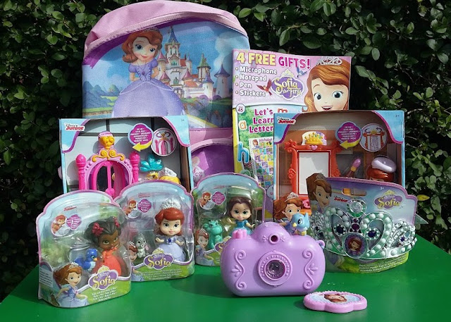 Sofia the First Toys from JAKKS Pacific - #SofiasAdventures - Review