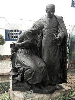 Padre José de Anchieta e Uma Índia