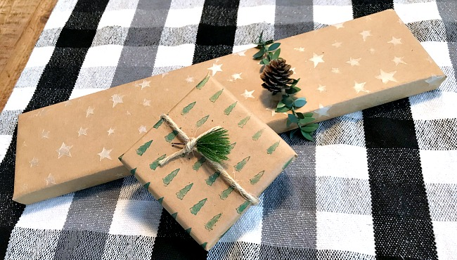 How to Stencil Christmas Wrapping Paper