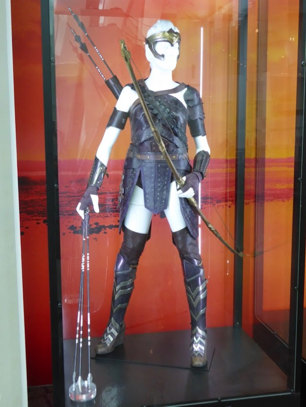 Robin Wright Antiope costume Wonder Woman