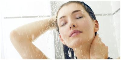 Tahukah Kalian Mandi Dengan Air dingin ada 7 Manfaat ?