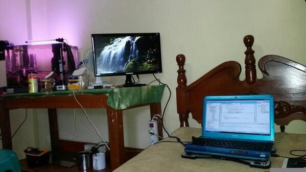 merawat laptop agar tetap awet