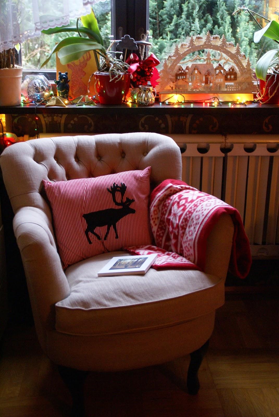 Nowy stroik w wazonie, pierwszy prezent i życzenia :))