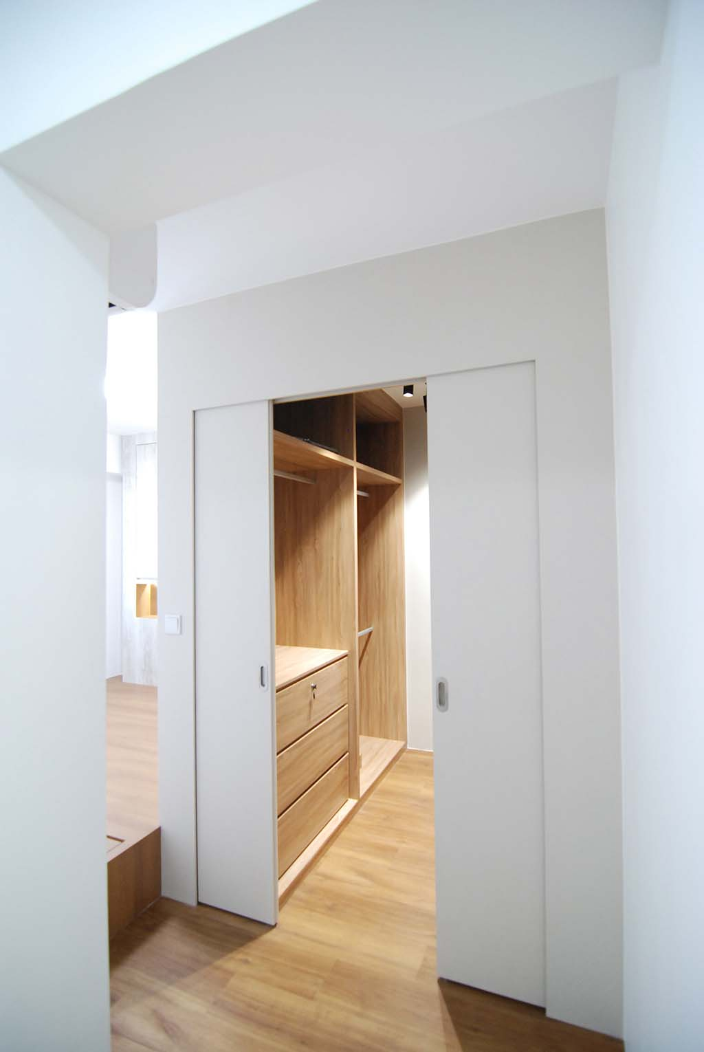 Butterpaperstudio Reno Fernvale Walk In Wardrobe Wiw
