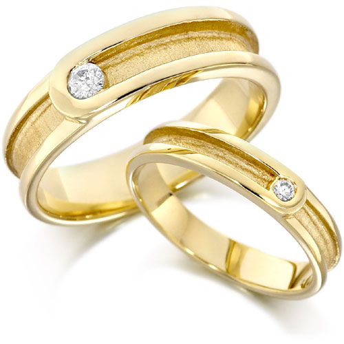 Wedding Golden Rings: Cosmetics: Gold Wedding Ring Pictures
