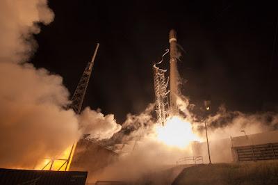 SpaceX火箭不尋常爆炸,毀了Facebook原定發送的第一顆人造衛星