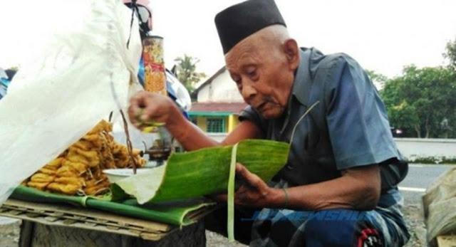 Beginilah Kisah Kakek Penjual Tahu Tengah Malam