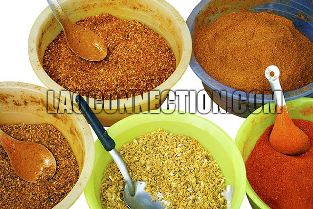 Chili powder varieties found in the food markets of Laos