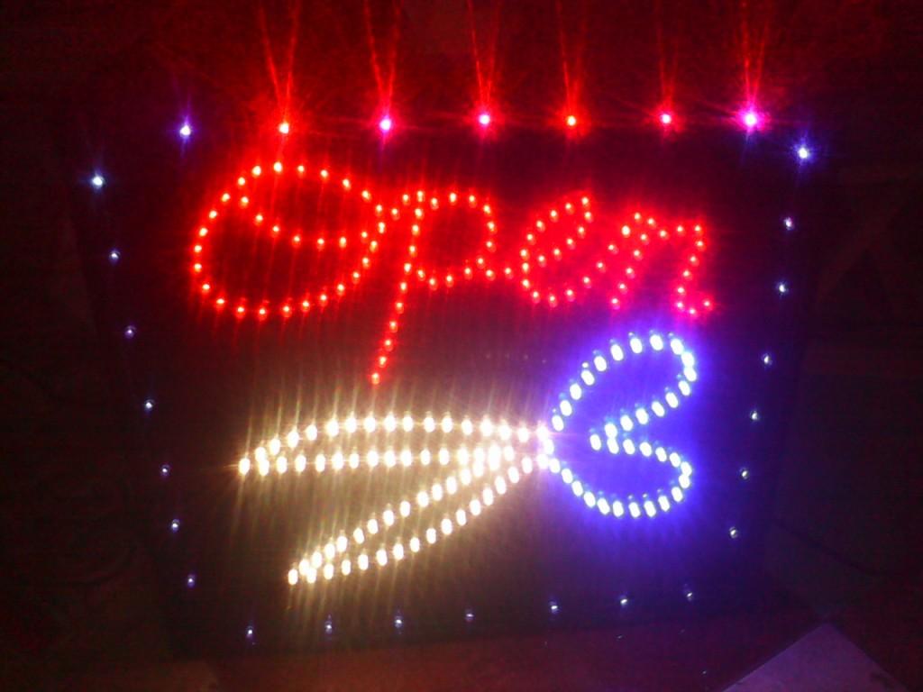 Jual Papan Nama Tulisan Lampu Led Sign Salon Barber Shop Pengganti Running Text