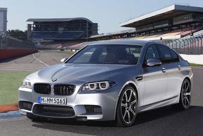 Kereta BMW M5 2016