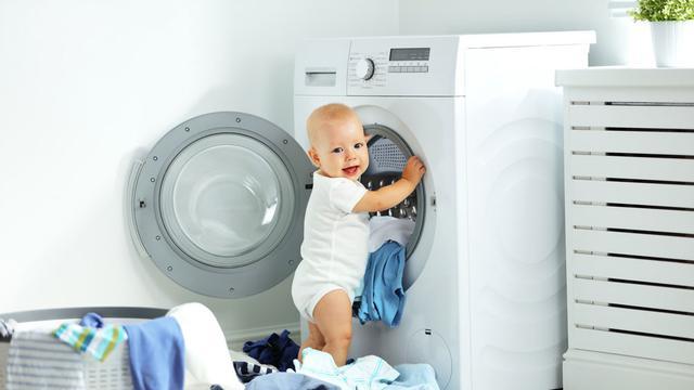 Perhatikan Pemilihan Sabun ketika Mencuci Pakaian Bayi