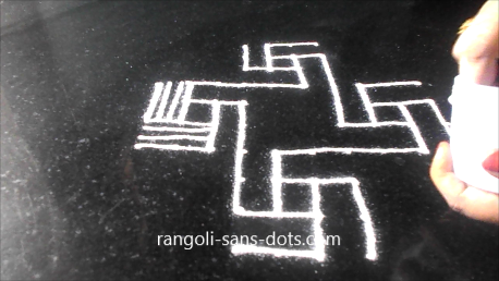 padi-kolam-with-twists-1521ad.jpg