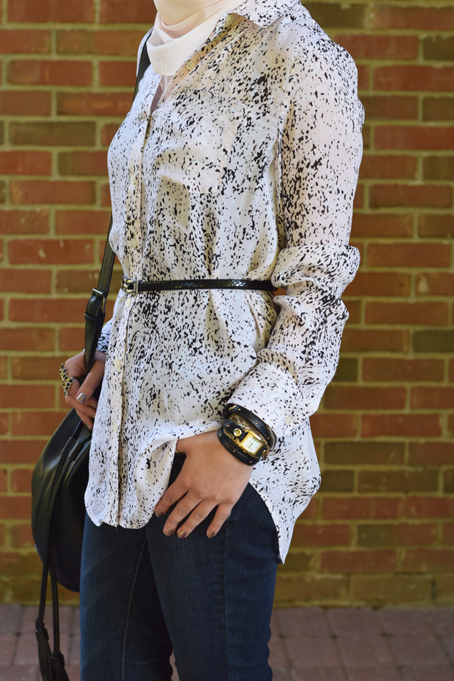 A Day In The Lalz; Banana Republic Abstract Print Boyfriend Shirt' Pink and Black; Fall Style; One Shirt Two looks; Day to Night; Black Maxi Skirt; Hijab; Modest Fashion; Fashion Blog; Versatile Blouse; Bucket Bag; Tory Burch Reva; Haute Hijab; La Mer Watch