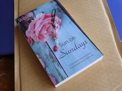 With Love For Romantic Books: Sun on Sundays by Wendy Lou Jones - Book Review, Interview & Giveaway