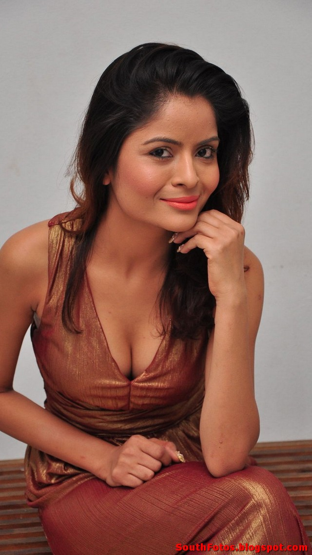 Gehana Vasisth Latest Hot Photos