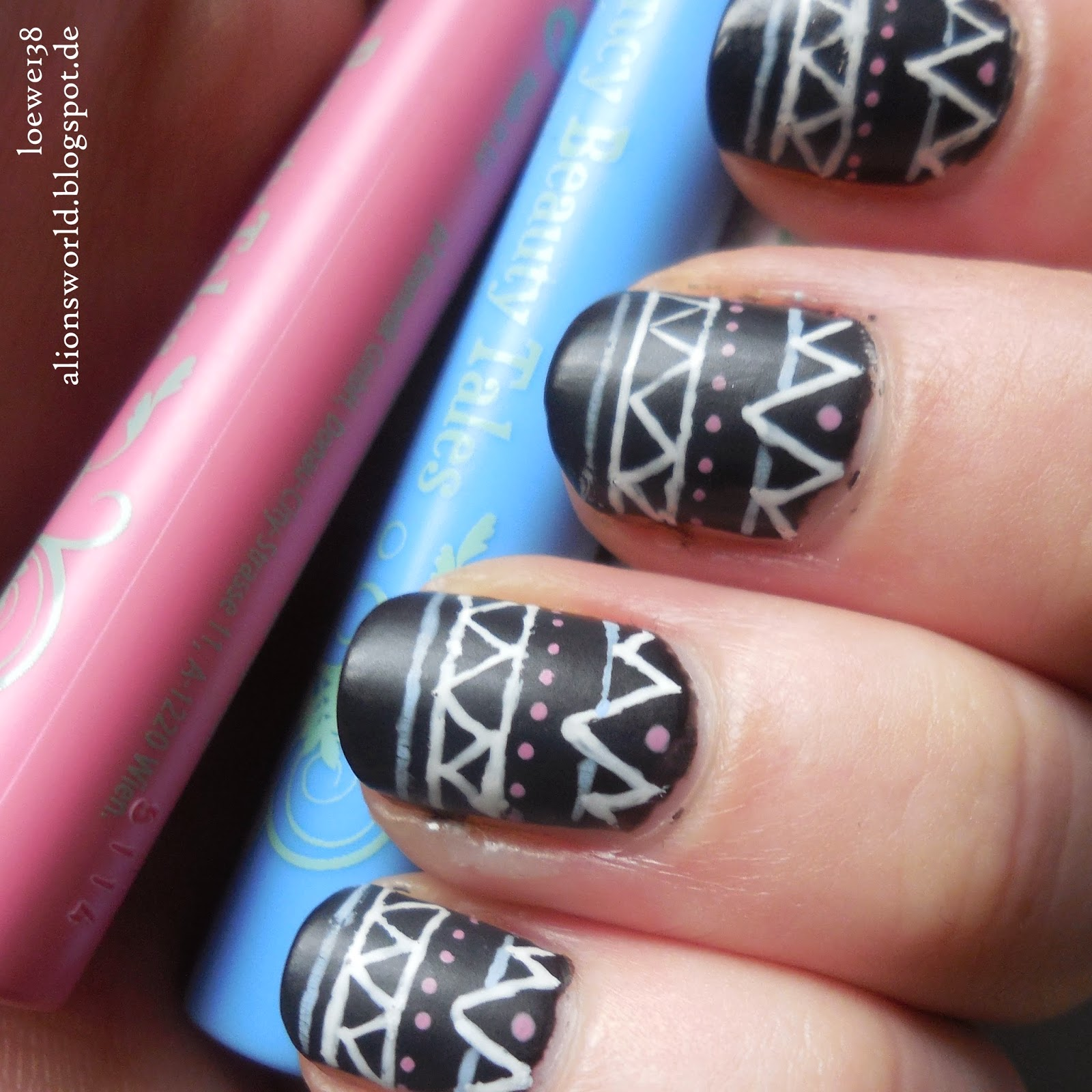 http://alionsworld.blogspot.com/2015/03/kitsch-up-nail-art-pencils-fancy-beauty.html