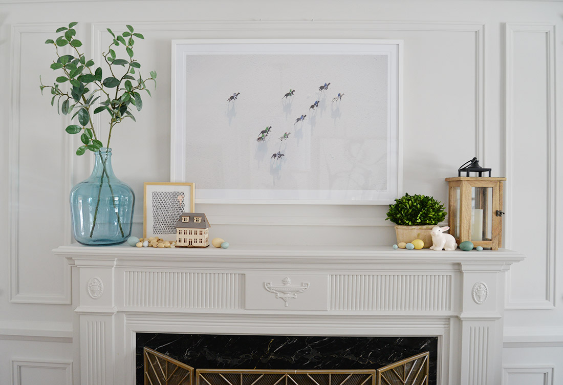 fireplace mantel decor ideas, spring mantel decor, how to decorate your fireplace mantel, fireplace greenery