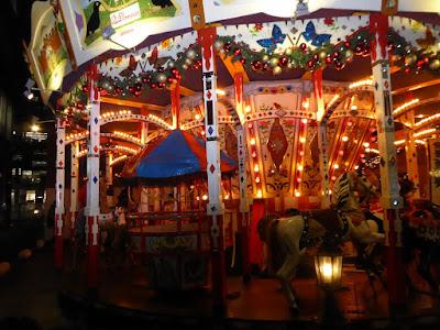 ドイツ・クリスマスマーケット大阪2016 メリーゴーランド