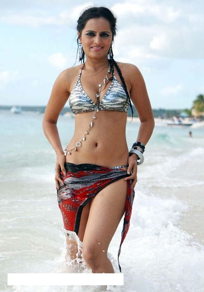 naked girls of sri lankan beach