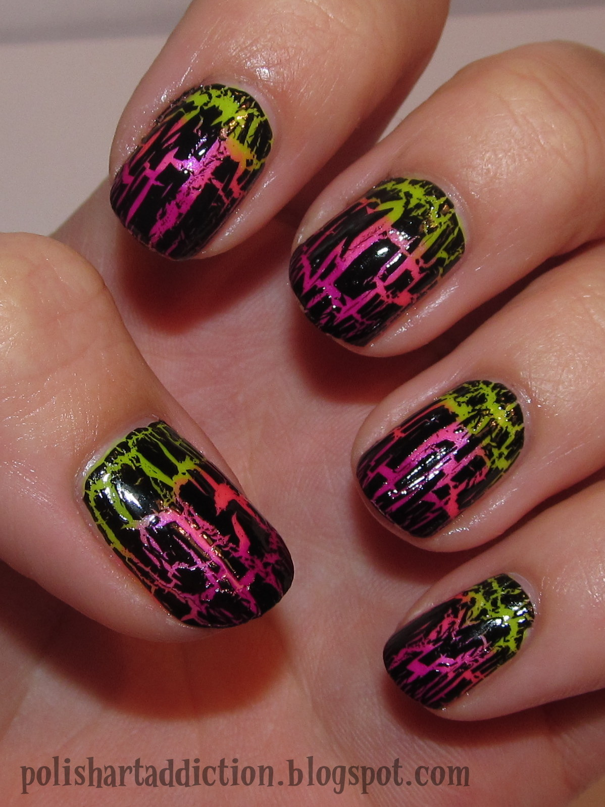 Crackled Neon Gradient