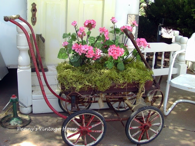 Penny's Vintage Home- Container Gardner Ideas-Weekly Blog Link Up Party-Treasure Hunt Thursday- From My Front Porch To Yours