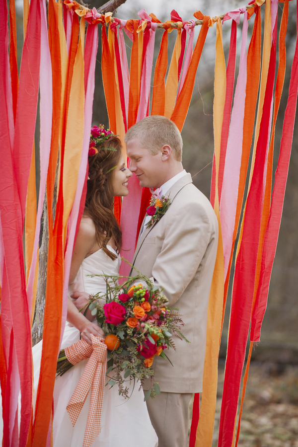 bride+groom+boho+bohemian+chic+orange+pink+yellow+rustic+valentine+valentines+day+february+winter+spring+wedding+cake+bouquet+petticoat+dress+gown+table+setting+floral+arrangement+centerpiece+tangerine+melissa+mccrotty+photography+6 - The Valentine Ombre