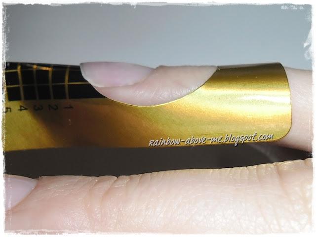 nadbudowywanie płytki paznokcia przedłużanie paznokci hybrydą sposób na złamany paznokieć przedłużanie na szablonie