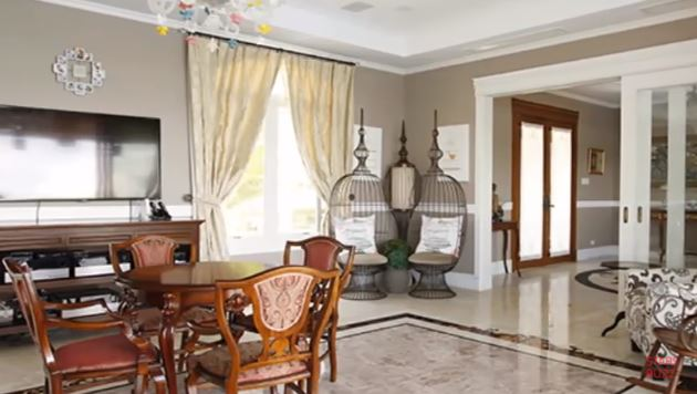 Take A Look At The $300, 000 Mansion Of Sarah Geronimo!