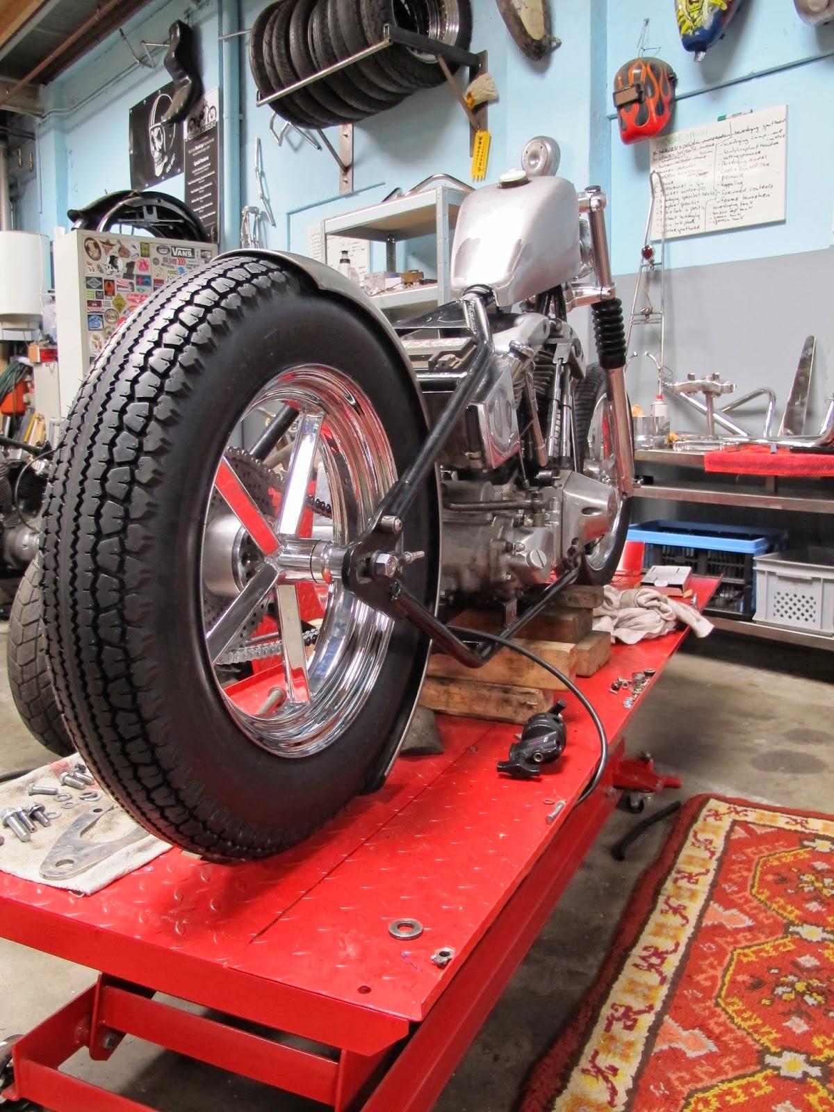 Kings Honda Service >> Flake Kings: New rear tire, Avon MK2 5.00 x 16