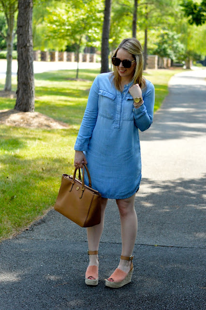 chambray-dress-outfit-ideas