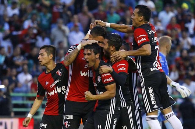 Atlas venció 2-1 a Pumas