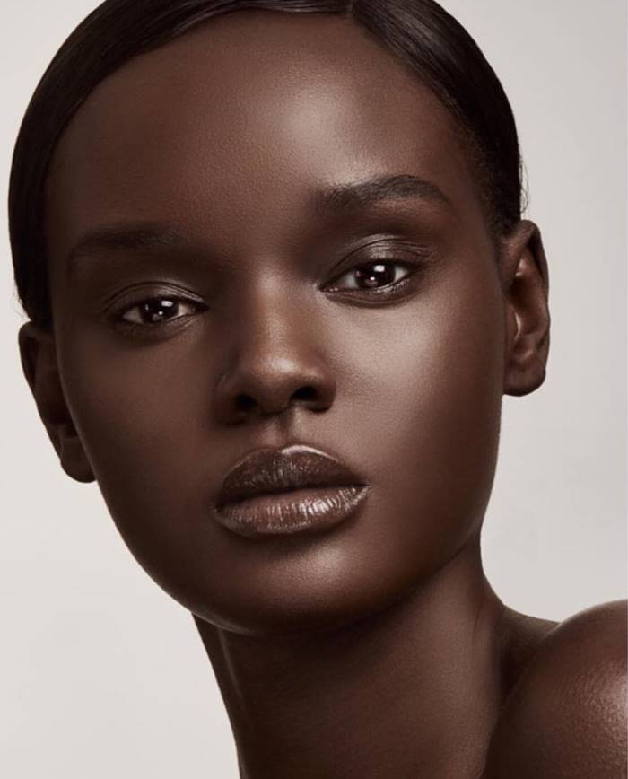 Duckie Thot | Model from Sudan conquers the Internet with its incredible beauty