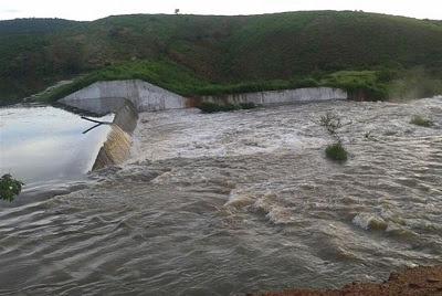 Chuva chega a 89 cidades e deixa açudes carregados