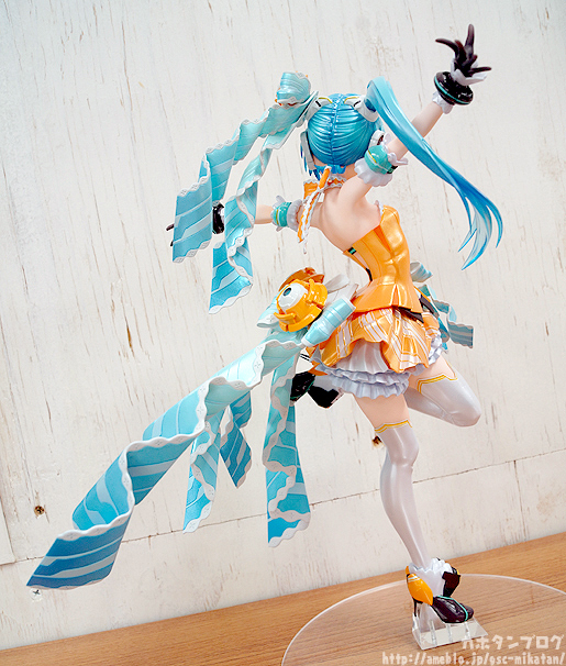 Hatsune Miku Orange Blossom backside