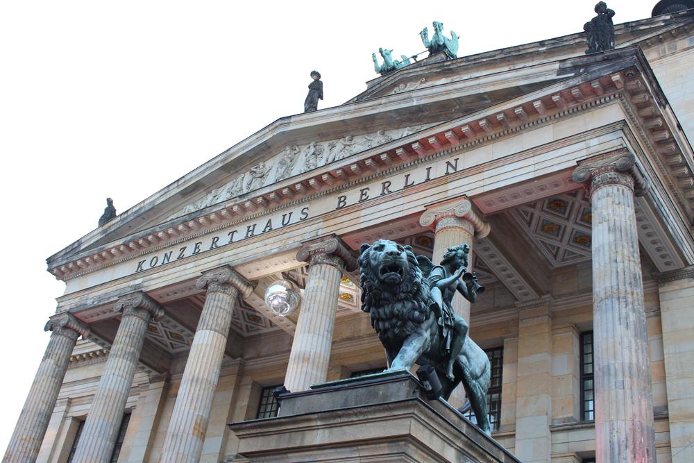 Konerzthaus Berlin beautiful architecture - travel & lifestyle blog
