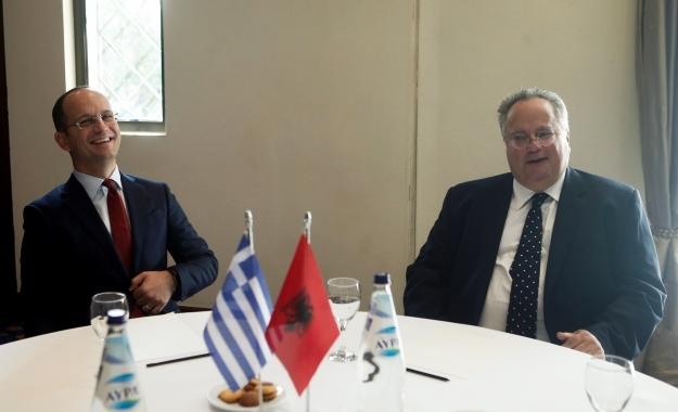 Ο Ν. Κοτζιάς συνηγορεί υπέρ της Αλβανίας χωρίς να υπάρχει κάποια συμφωνία