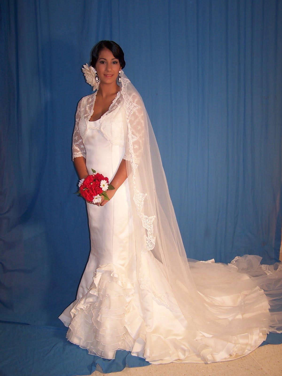 Peinados de novia estilo flamenco