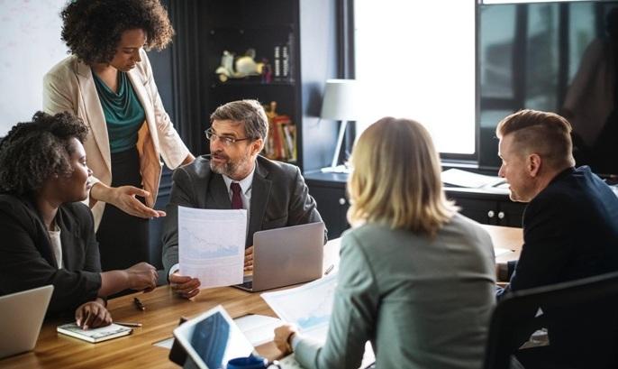 Alasan Bisnis Anda Harus Memakai Software HR
