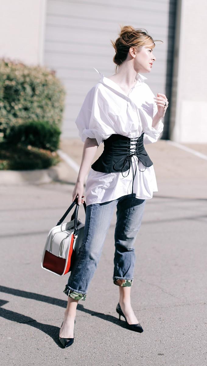 Looks de outono com calça jeans bonitos e práticos