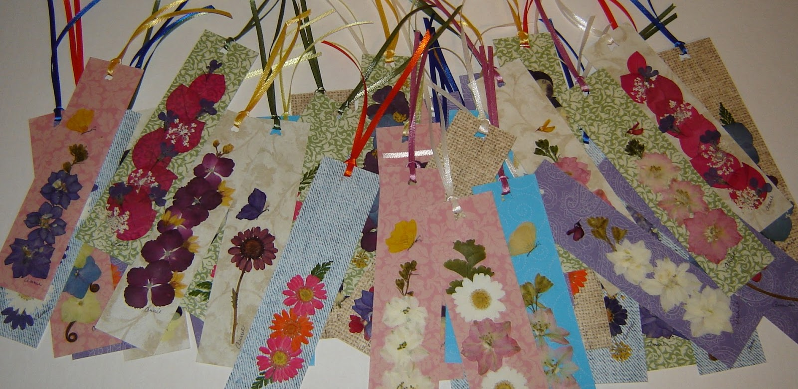Pressed Garden You Can Do This Pressed Flower Art Bookmarks