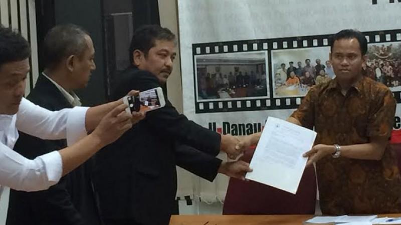 Advokat Cinta Tanah Air (ACTA) melaporkan Ahok ke Bawaslu DKI Jakarta