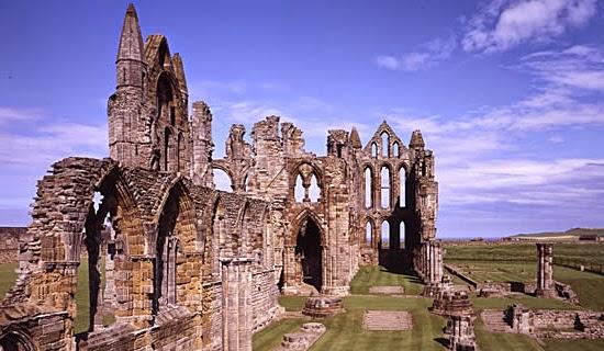 Ruínas de castelo em Yorkshire